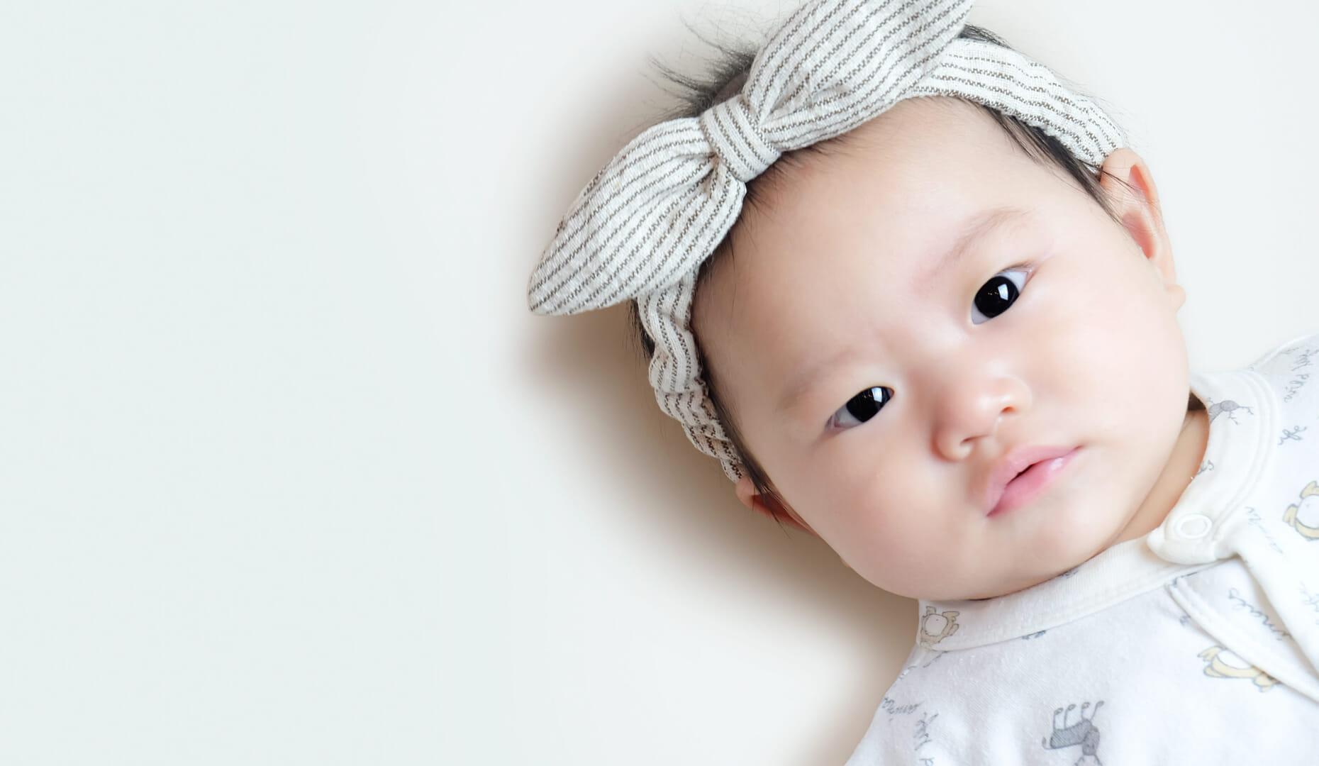 d6fe04df84b64 女の子の赤ちゃんにおすすめ。かわいいベビーヘアバンド5選 - トモママ